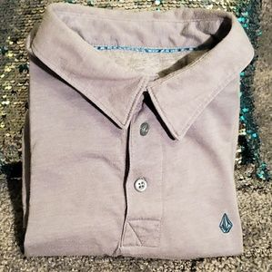 Volcom t shirt in good condition